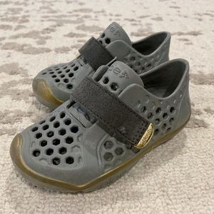 Plae Water Shoes Mimo - Gray / Gold Size 8 Toddler